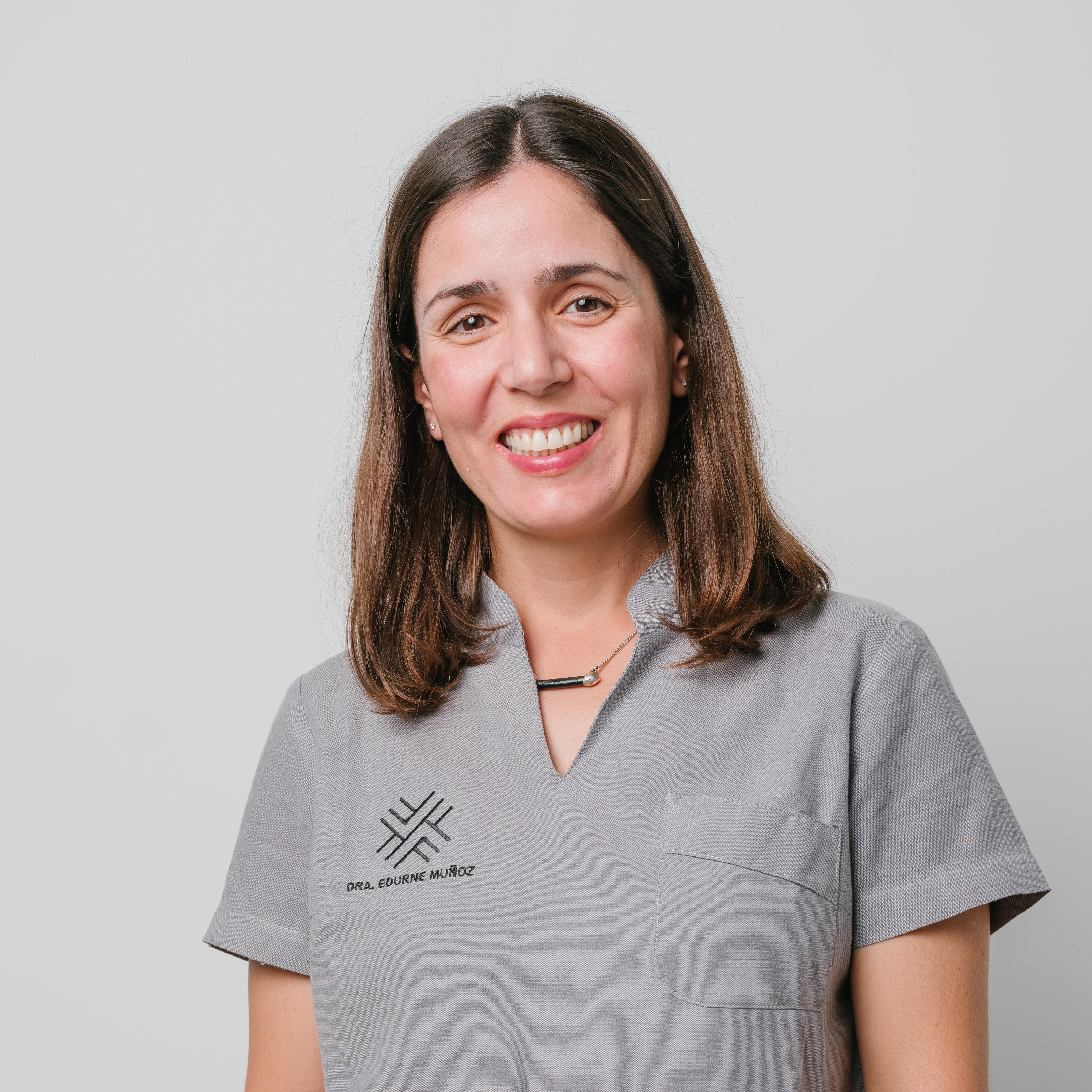 clinica-dental-ayo-munoz-edurne-munoz